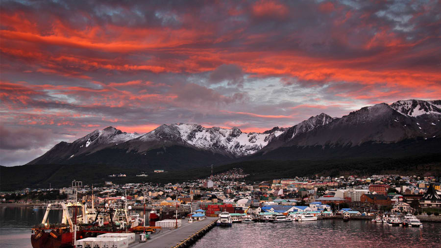 USHUAIA PATAGONIA TRAVEL DESTINATION