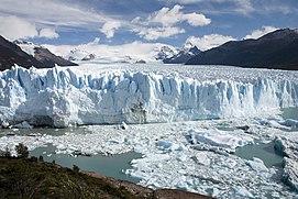 Ice Climb Perito Moreno Glacier (El Calafate)