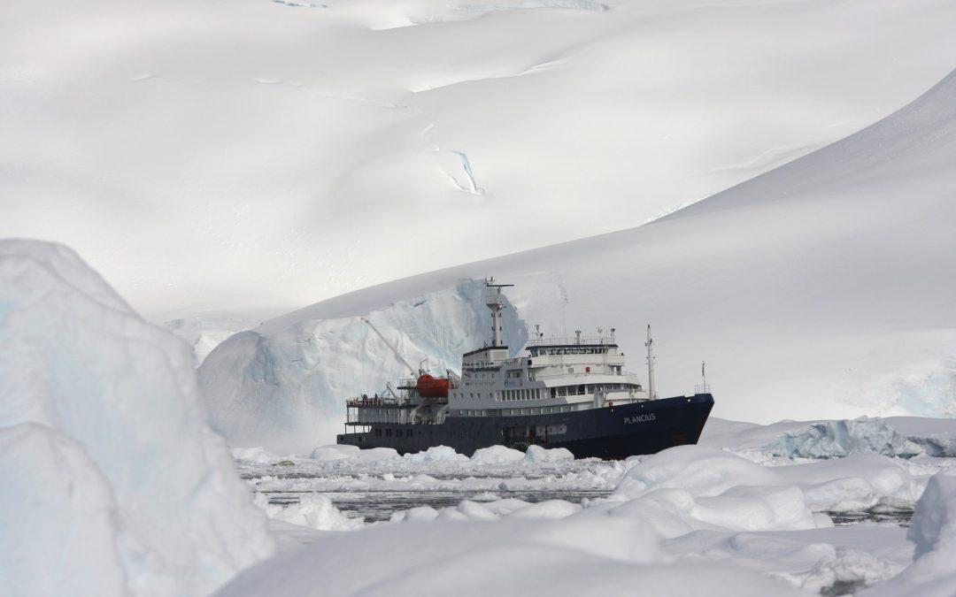 """Antartic Peninsula the """"Classic Antarctic"""" Route"""